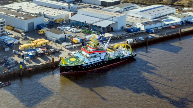 New research vessel Atair under construction in Germany