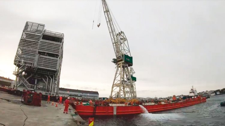 The Nova project: Load out of the 740 tonnes topside module