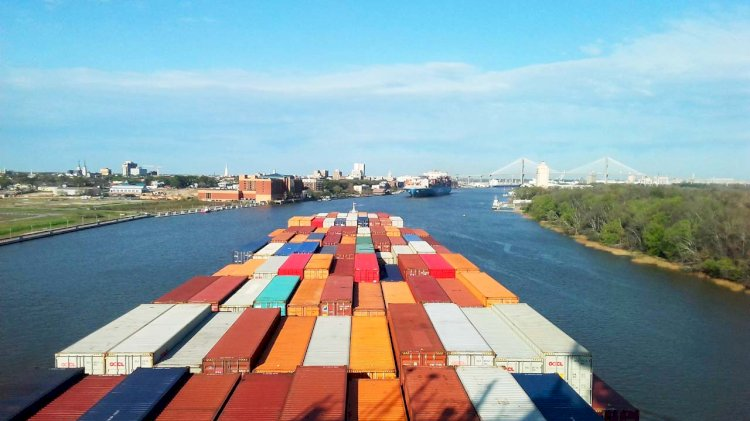 Alfa Laval's solution for eight Seaspan owned large container ships