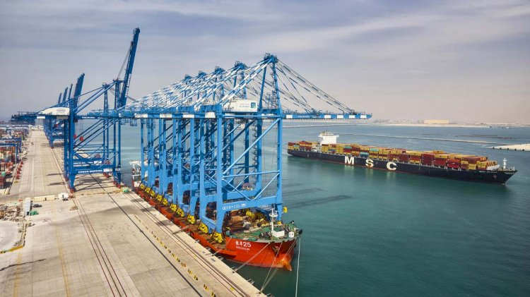 Abu Dhabi Terminals receives five new ship-to-shore cranes