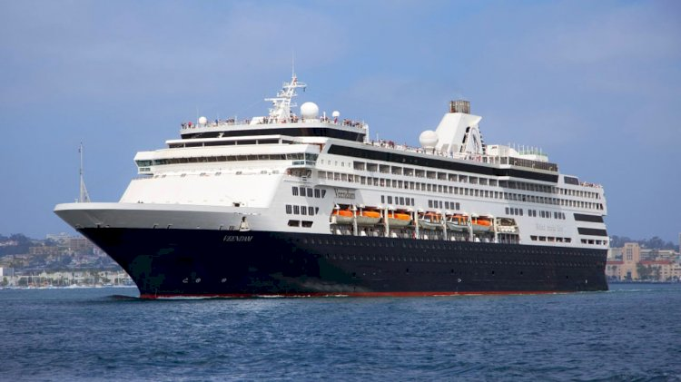 Holland America Line sells four cruise ships