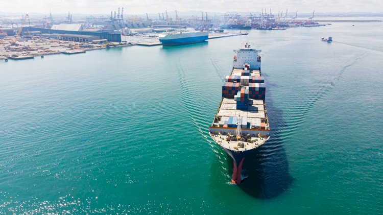 Shell Shipping and Inmarsat offer $13,000 prize for solutions to better crew welfare