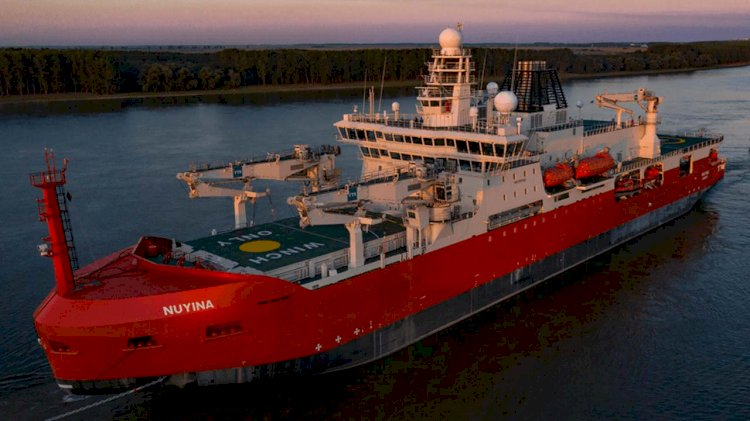 Giant icebreaker pulls into Netherlands for final fit-out
