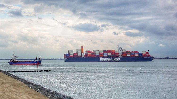 "Hapag-Lloyd unveils its new ""Customer Dashboard"""