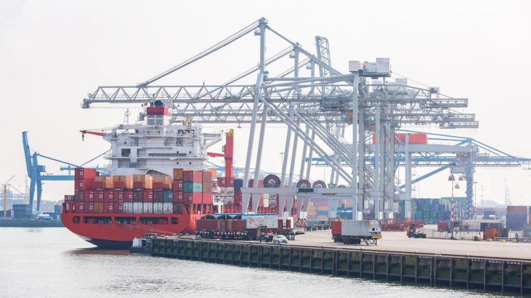CARB to further curb exhaust emissions from ships in Californian ports