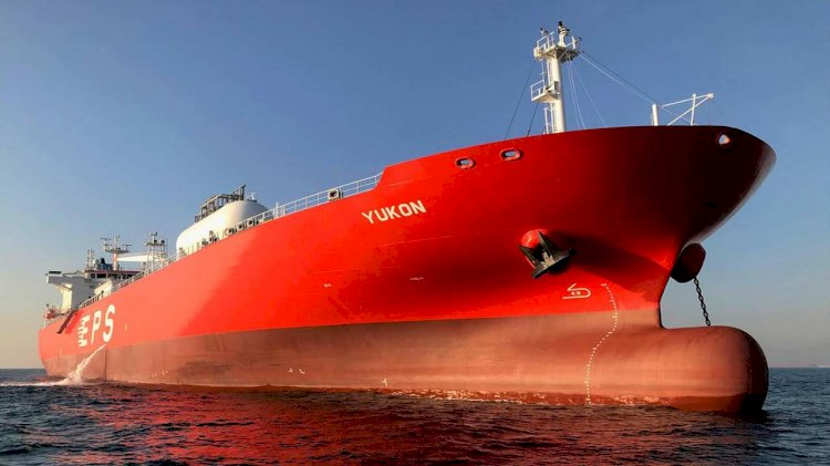 EPS inks world's first dry bulk LNG Dual Fuel charter with BHP