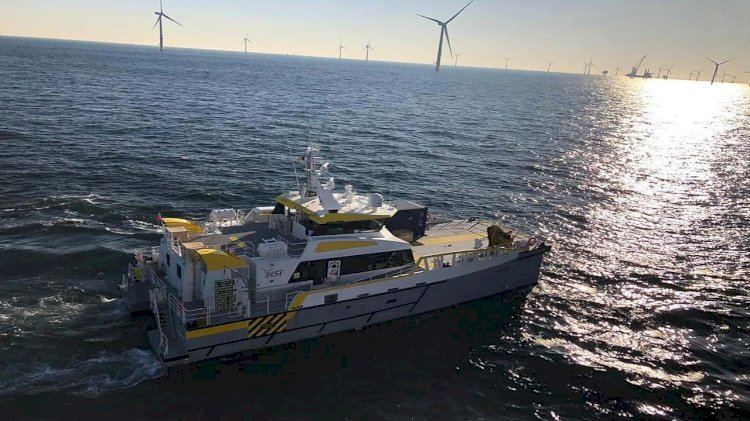 HST centralises mission-critical data with BareFLEET and CrewSmart