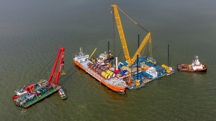 Spliethoff Group delivers first monopiles for Wind Park Fryslân