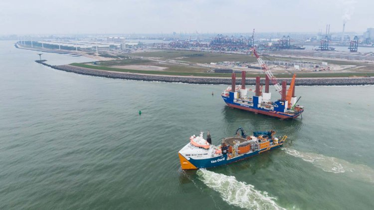 Van Oord's TROV buries cables to 5,5 metres depth for offshore grid connection