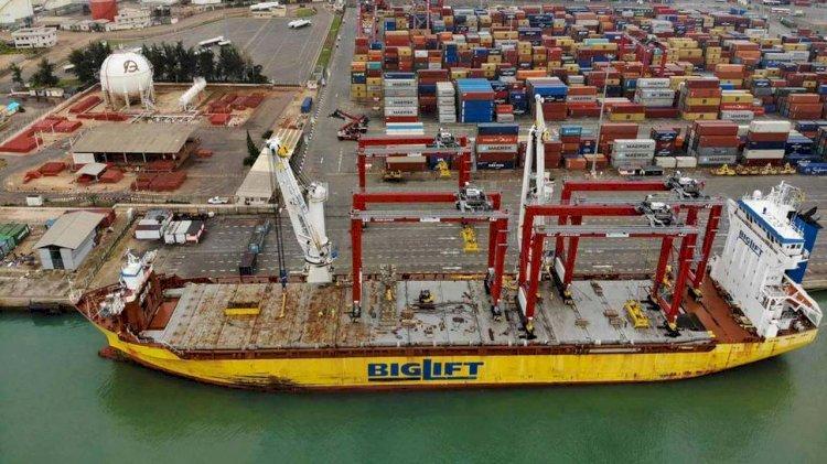 Benin Terminal takes delivery of two new yard gantries