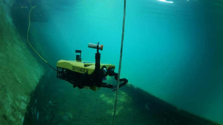 VideoRay begins shipping defender underwater robot systems to U.S. Navy