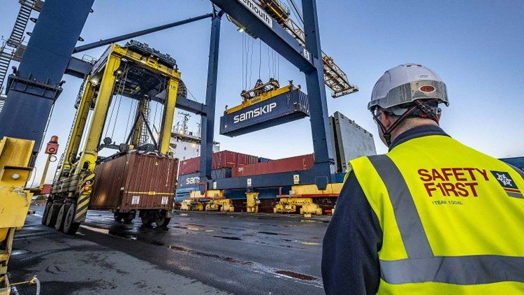 Samskip launches new Grangemouth container service for exporters direct to Europe