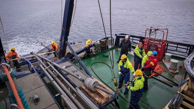 Arctic Ocean sediments reveal permafrost thawing during past climate warming