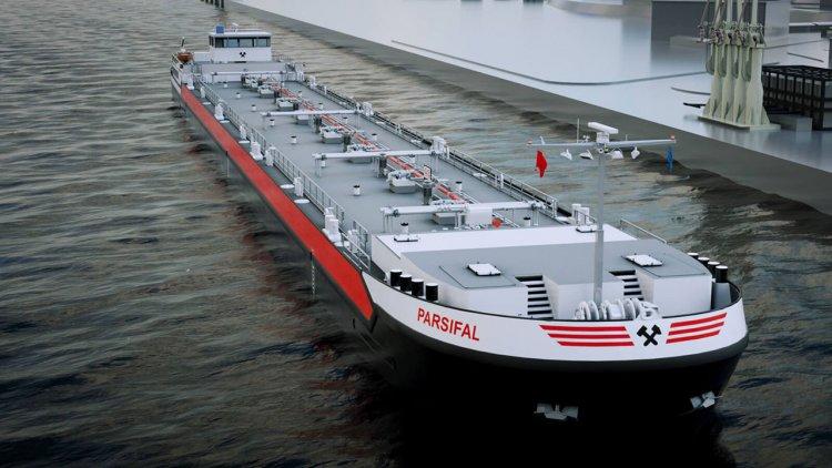 Concordia Damen receives 40 inland waterway barge order from JP Morgan