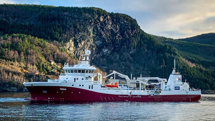 New hard-working Havyard vessel for the salmon farming industry