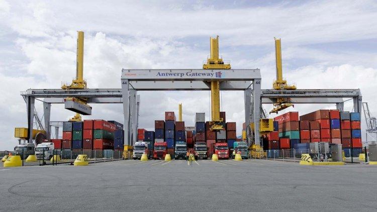DP World Antwerp Gateway orders fleet of Automated Stacking Cranes from Konecranes