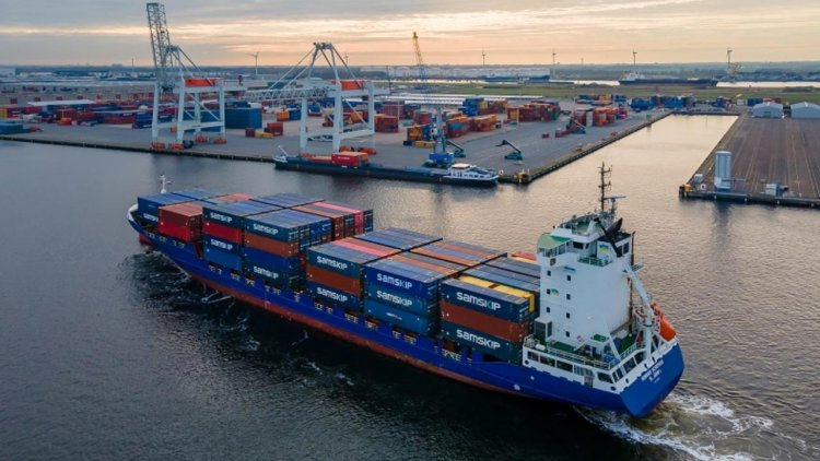 Port of Amsterdam welcomes new container service to Ireland