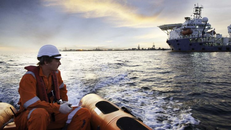 Shipping demands vaccine priority for seafarers amid crew change crisis