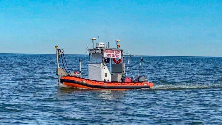 David Evans uses Sea Machines' Autonomy System to survey Galveston Bay for NOAA