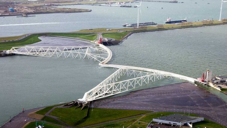 Port of Rotterdam Authority and municipality united on responding to sea-level rise in the port