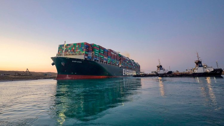 Suez Canal: Ever Given is fully afloat and under way
