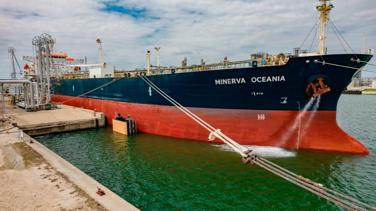 Trafigura and Braskem collaborate on carbon offset naphtha cargo