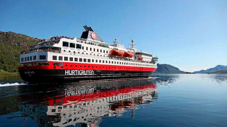 Kongsberg wins contract to supply green solutions for three Hurtigruten vessels
