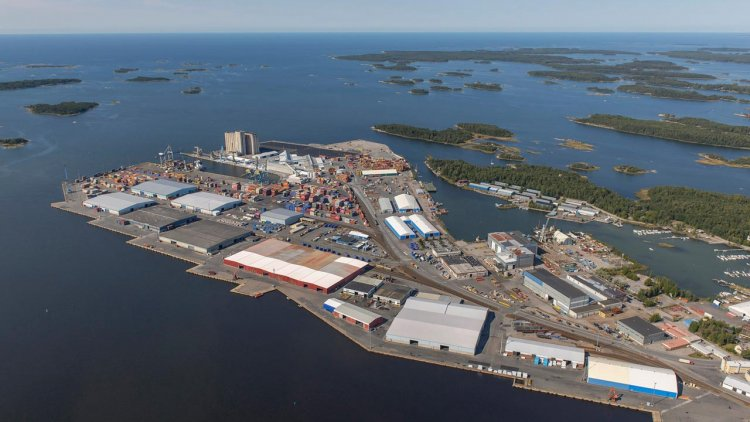 Two Finnish port software companies launch cooperation