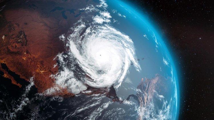 USGS scientists explore how hurricanes gain strength