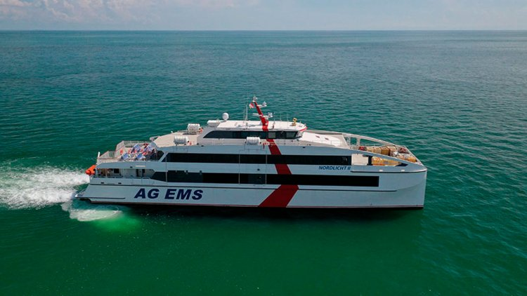 Incat Crowther announces delivery 46m passenger ferry by Singapore's shipyard