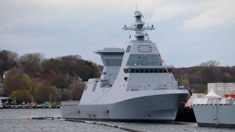 """thyssenkrupp Marine Systems hands over """"INS Oz"""" to the Israeli Navy"""