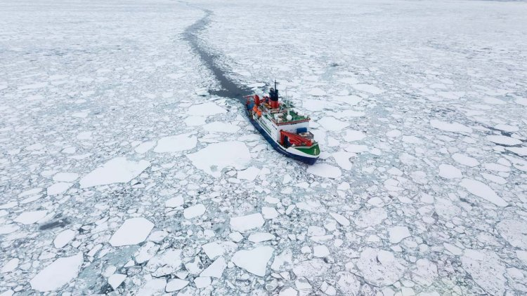 Study: Arctic sea ice thinning faster than expected