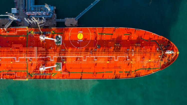 Companies team up to develop a pioneering fuel-efficient VLCC