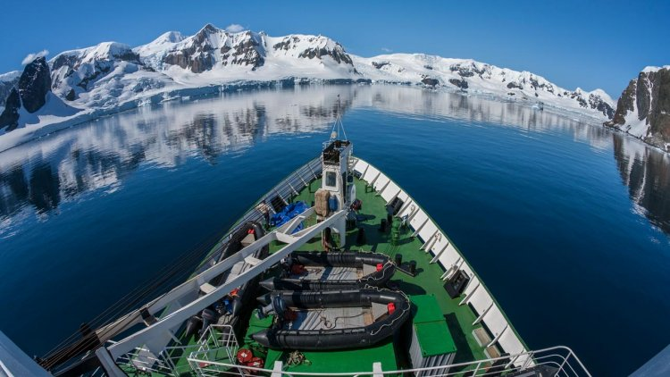 Ukraine allocates funds for a new icebreaker for Antarctic expeditions