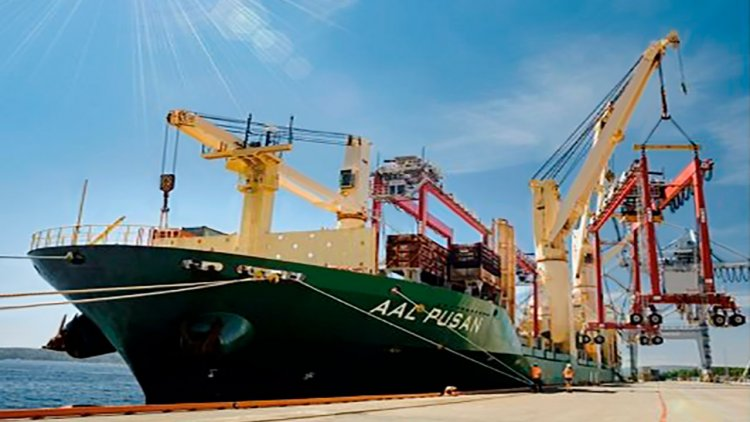 AAL delivers four rubber tyred gantry cranes to Port of Oslo