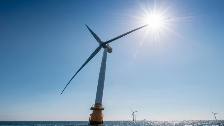 Equinor, RES and Green Giraffe team up for floating offshore wind growth in France