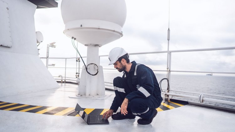 Satcom Global launches industry first with AuraNow VSAT