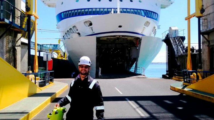 Bureau Veritas completes world's first full remote 'in-water' hull survey by ROV