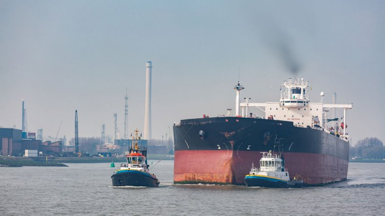 Smarter regulation of global shipping emissions could improve air quality