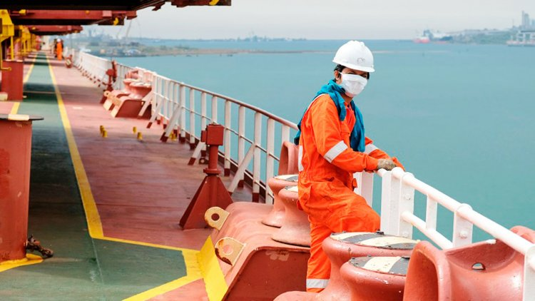 ICS launches new guidance for seafarers to navigate ongoing pandemic challenges