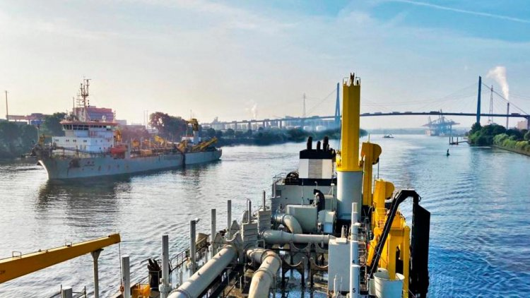 Jan De Nul uses biofuel for its maintenance dredging works in North Germany