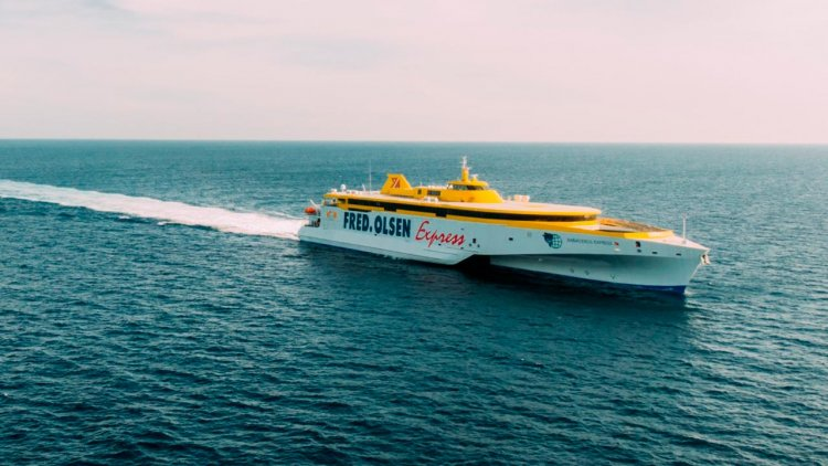 Austal delivers high-speed trimaran ferry to Fred. Olsen Express