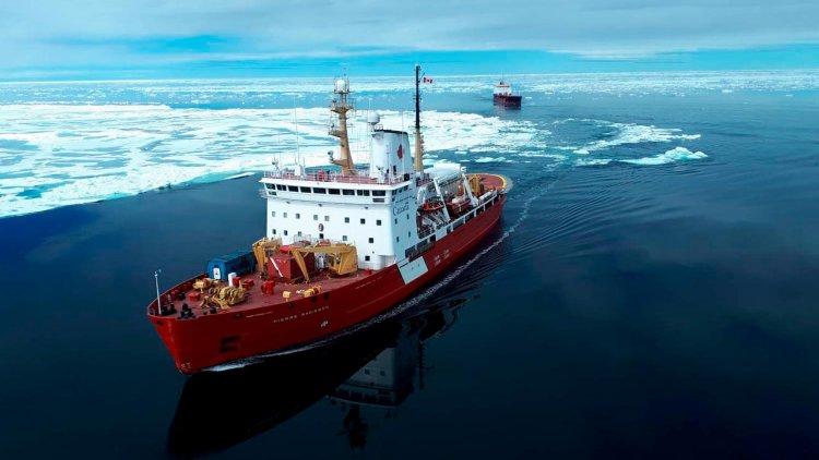 Royal Navy sailors to get Canadian polar training