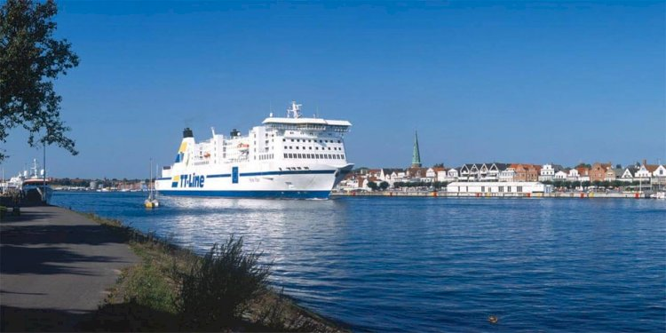 The First-Class Swedish Ferry Interrupted Voyage after ER Fire