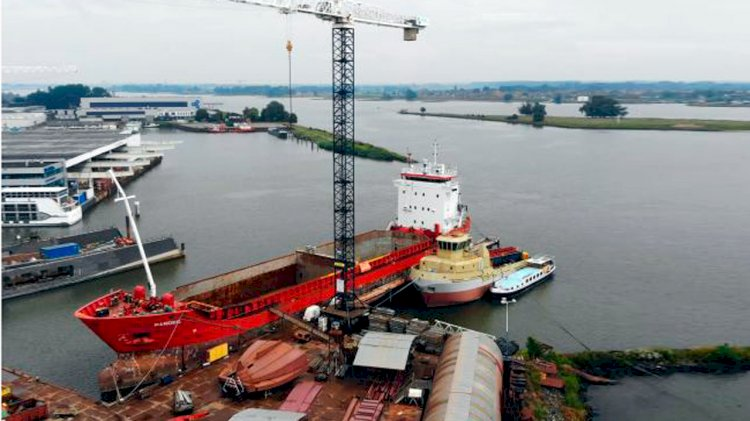 Bakker Sliedrecht to convert trailing suction hopper dredger Schenge energy-efficient