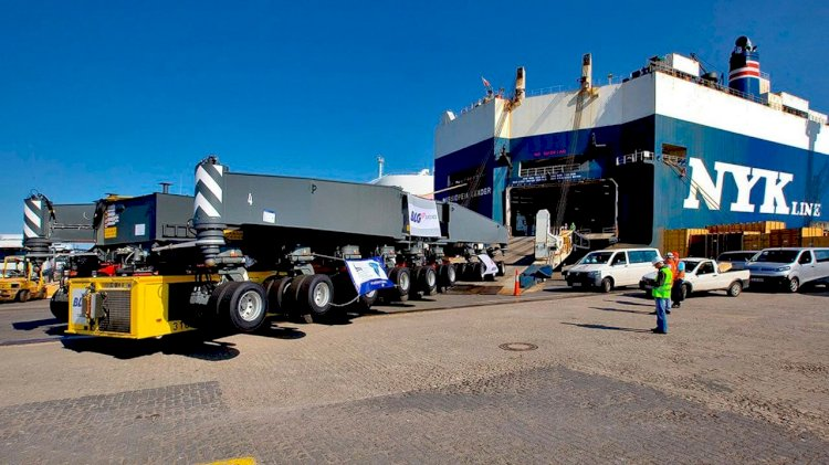 Port of Hueneme has purchased a zero-emission mobile harbor crane