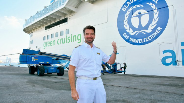 "AIDAnova receives the ""Blue Angel"" for its environmentally friendly ship design"