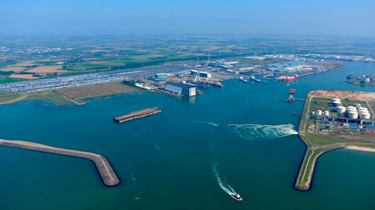 From now on AIS is compulsory in the North Sea Port
