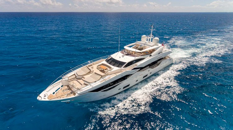 Rolls-Royce and Sunseeker sign frame agreement for MTU engines