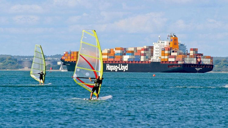 Hapag-Lloyd expands fleet on AL3 service between the US and Europe